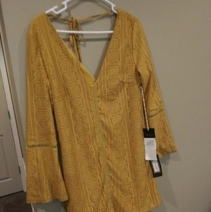 NWT Boutique yellow mini dress/tunic top.